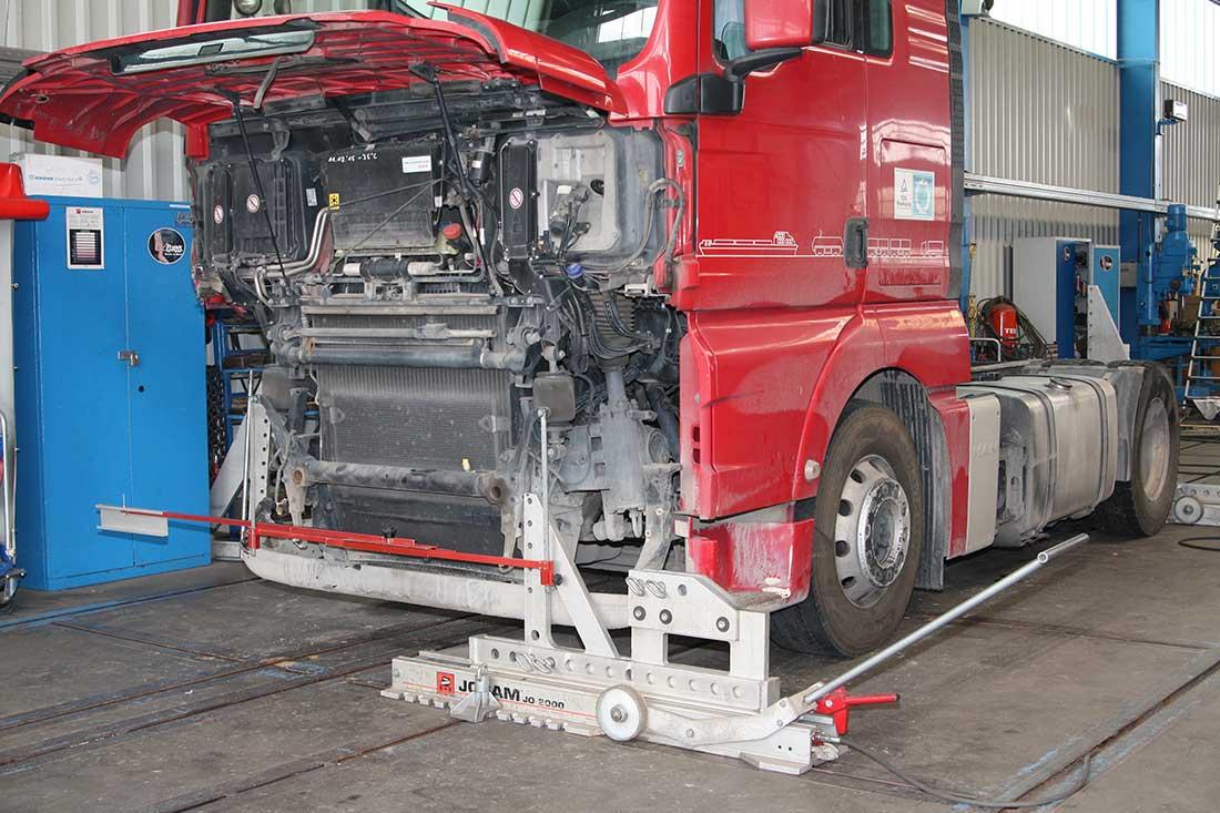 Rahmenrichtbank - Frank Fahrzeugbau