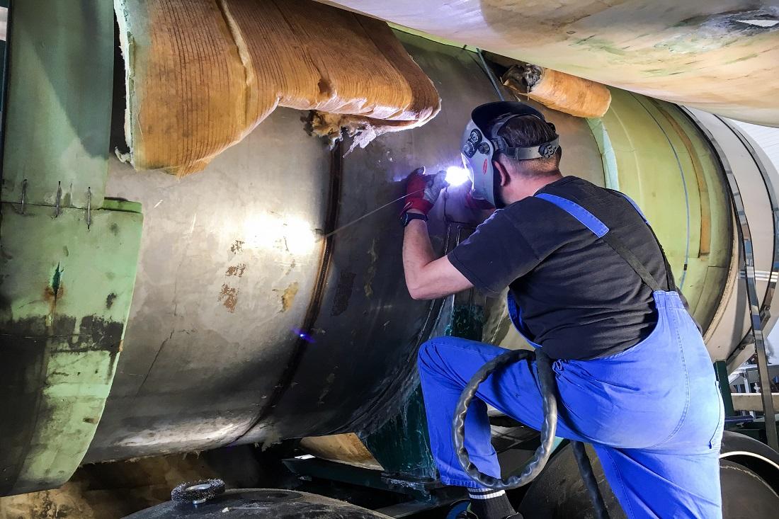 Edelstahlstahl Tank schweißen NFZ Auflieger